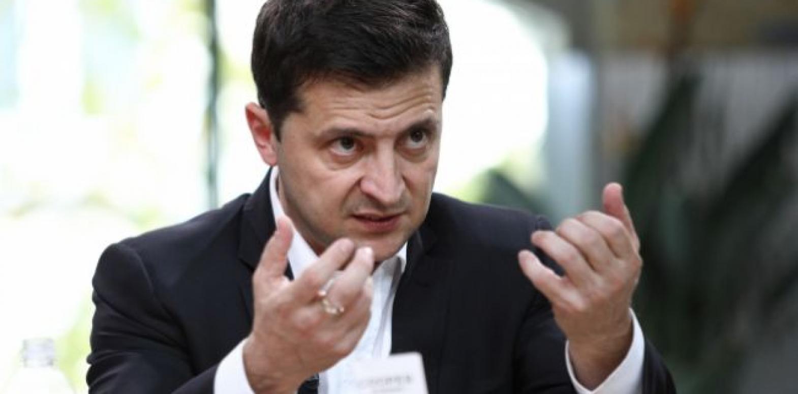 """Зеленский подписал законы о кассовых аппаратах для ФЛП и о """"кешбэке"""""""