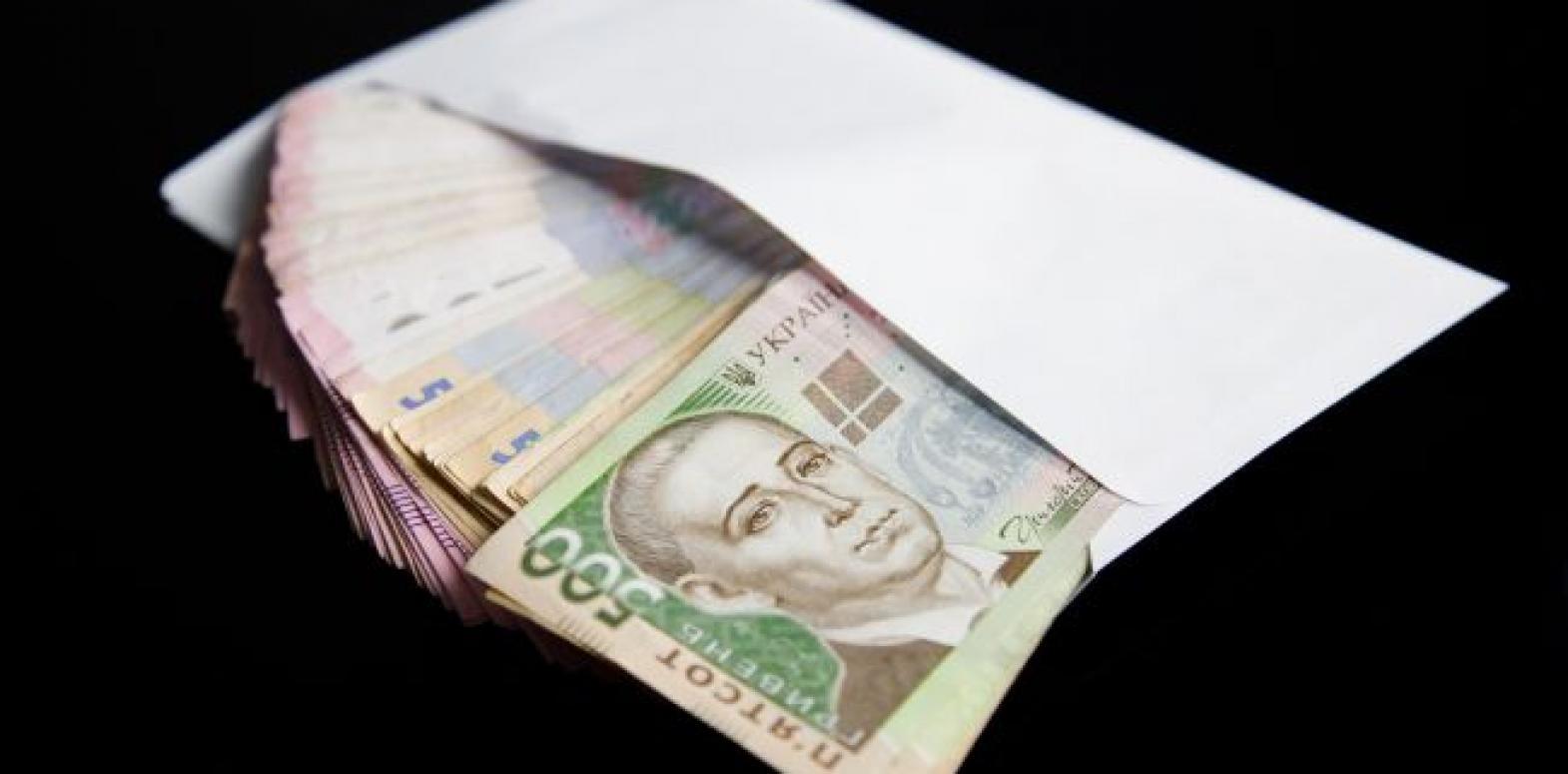 Реальная зарплата в Украине продолжает расти высокими темпами