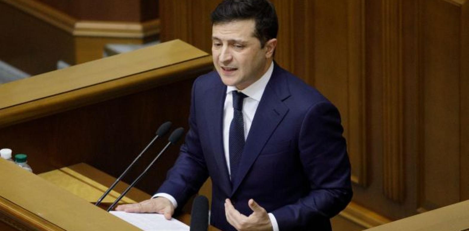 Зеленский призвал предпринимателей не увольнять людей во время карантина