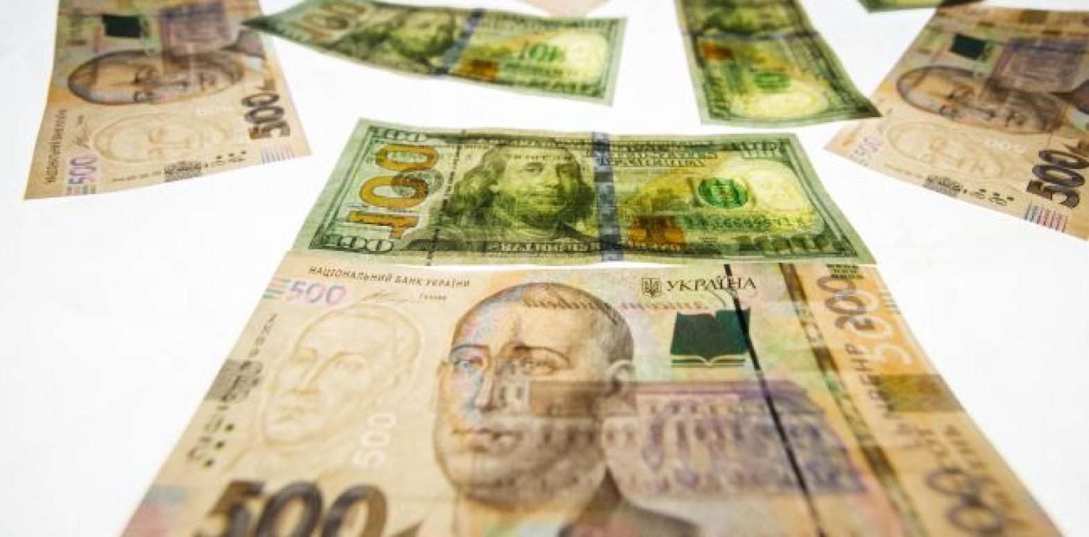 НБУ покупает валюту на межбанке вторую неделю подряд