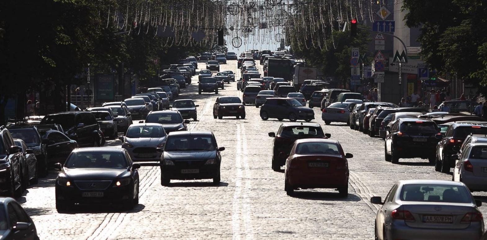 Новый налог на продажу авто: что изменится для украинцев