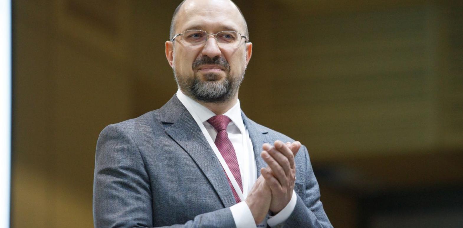 Украина получит транши МВФ в три этапа, - премьер