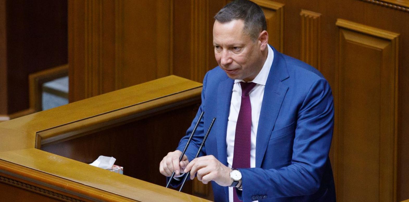 Десятки счетов, миллионная зарплата и квартира в Киеве: декларация главы НБУ