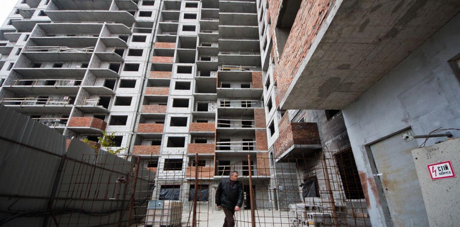 Инвестиции в экономику Украины обвалились на треть