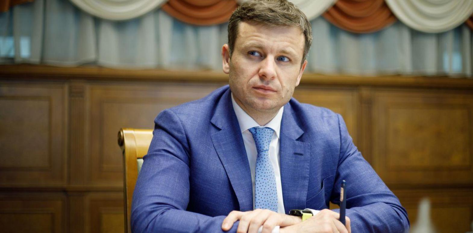 Вынуждены были сократить дефицит бюджета из-за позиции МВФ, - Марченко