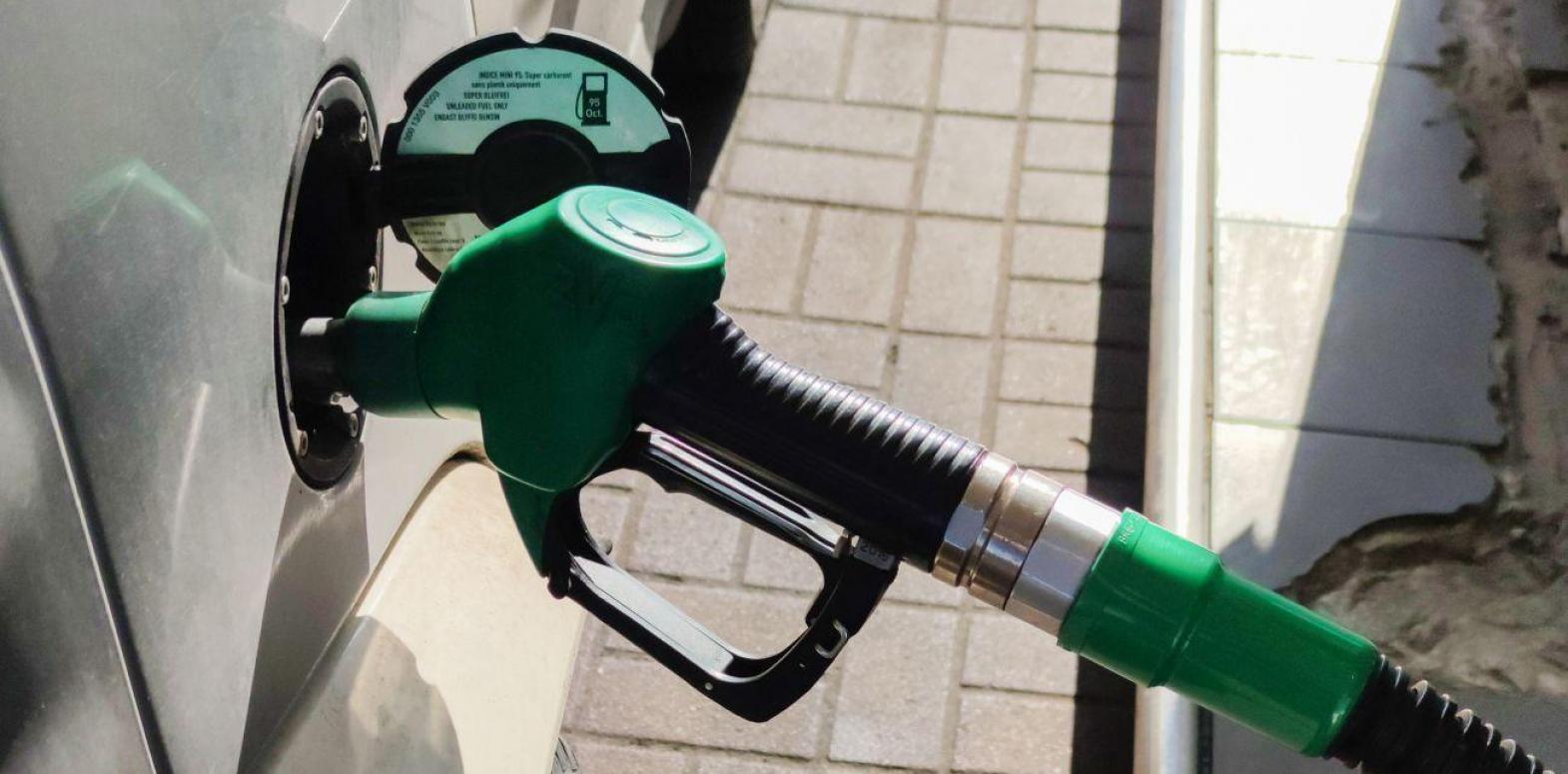 Бензин с начала года подорожал более чем на 15%, автогаз - на 25%