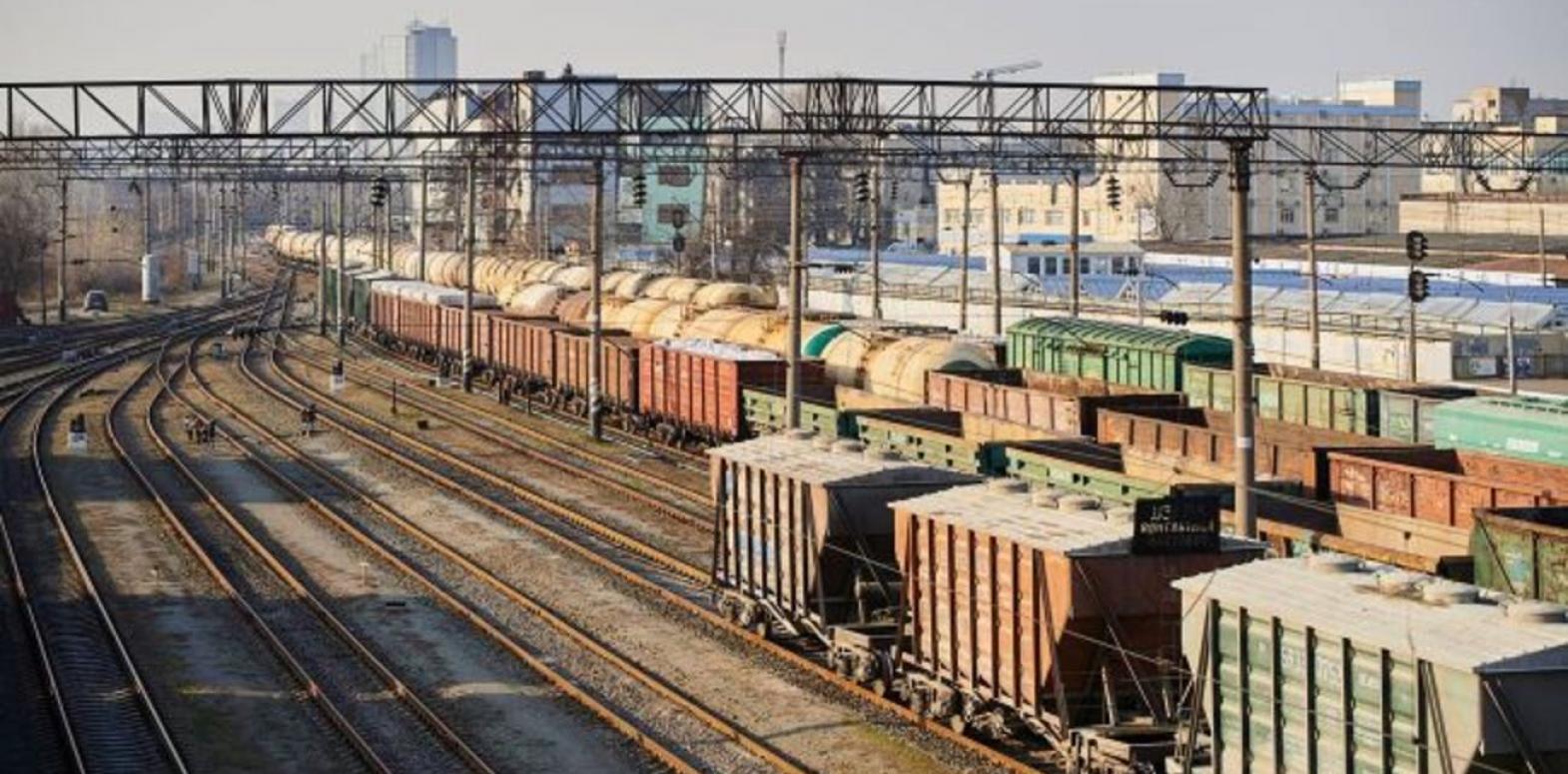 """""""Укрзализныця"""" испытывает огромные проблемы с дефицитом локомотивов, - аграрии"""