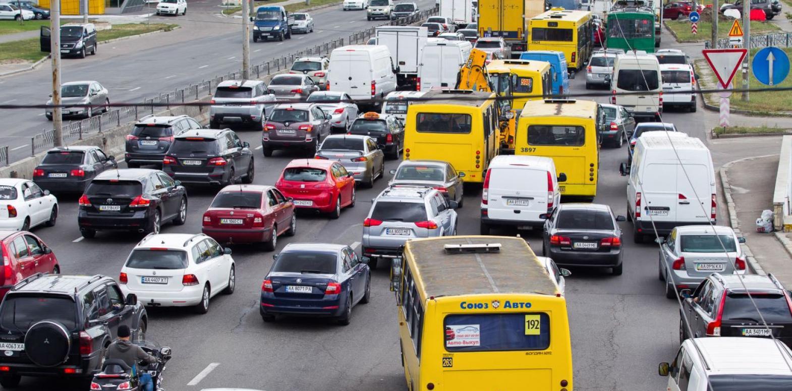 Цены на бензин и ДТ резко выросли: сколько стоит топливо на АЗС